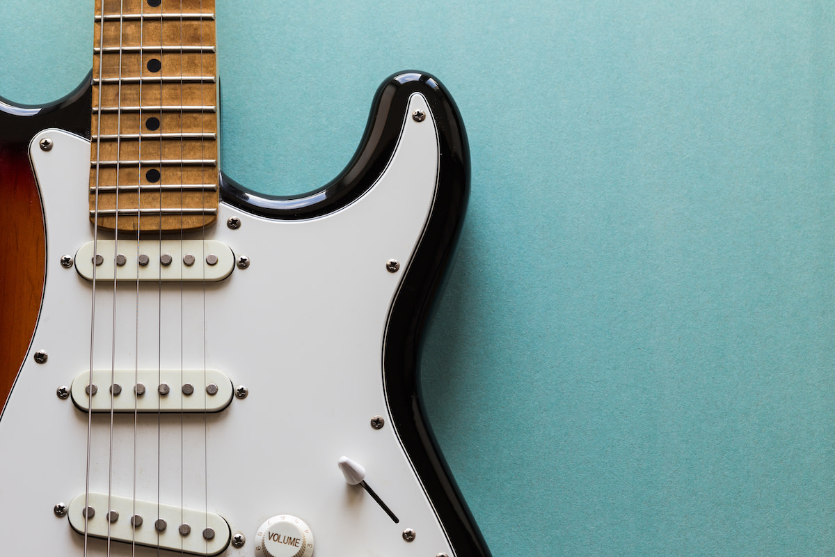 Learn About Guitar Riffs: Tips and Tricks for Playing Your Own Riffs ...