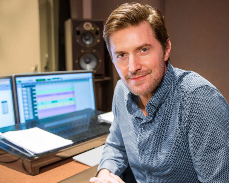 Richard Armitage sits in our Newark Audible Studios.