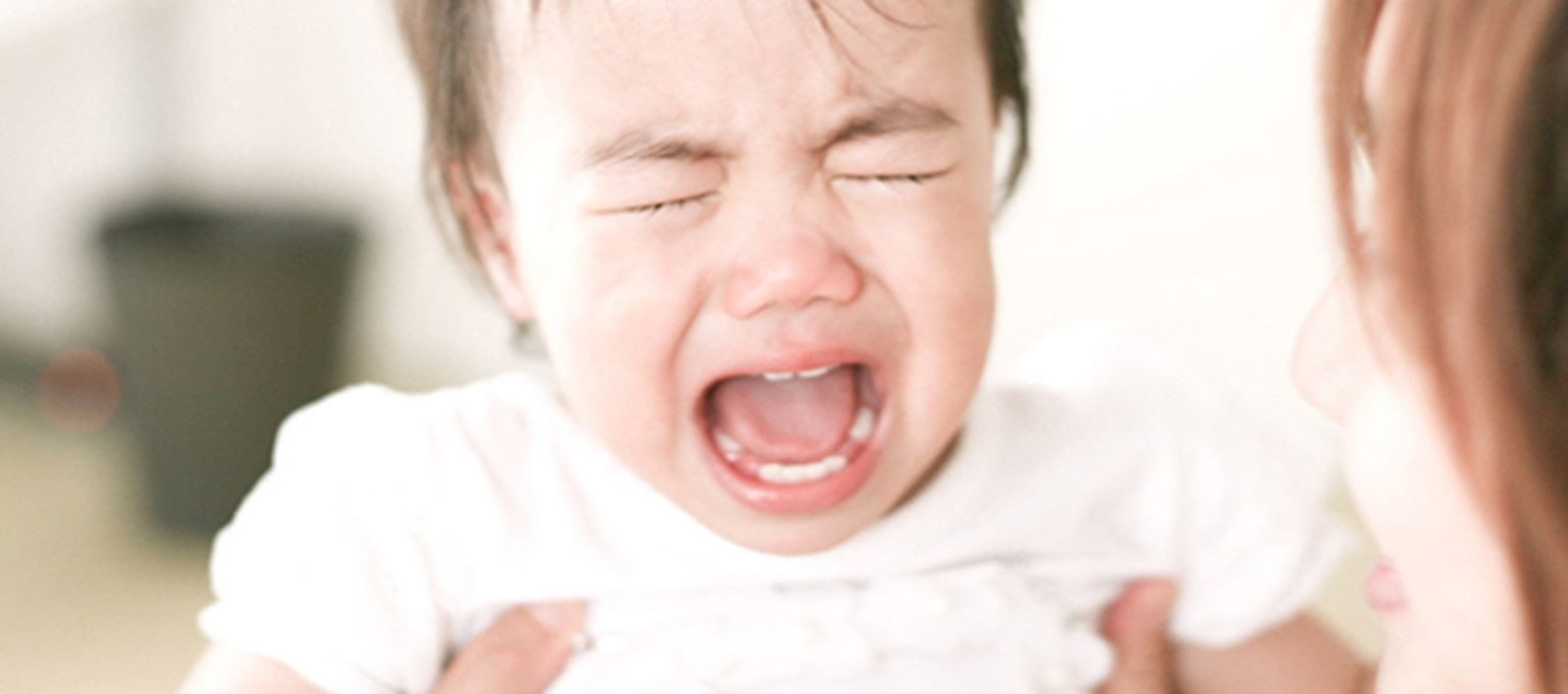 Colic in Babies: Signs, Symptoms, and Relief | Pampers