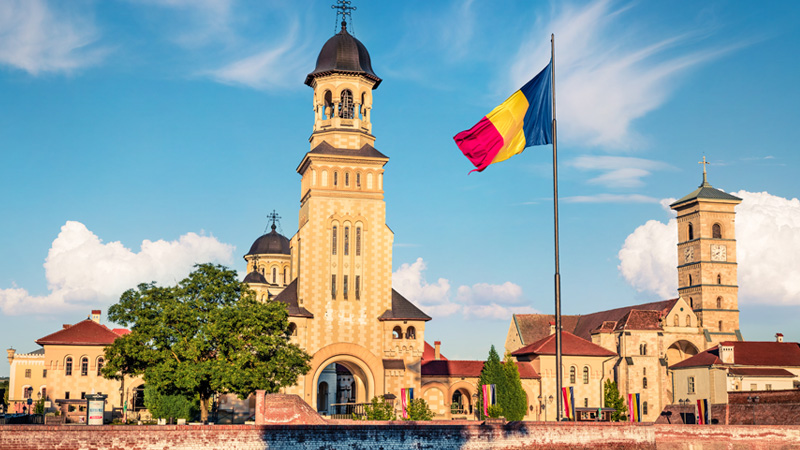 Romanian architecture and flag