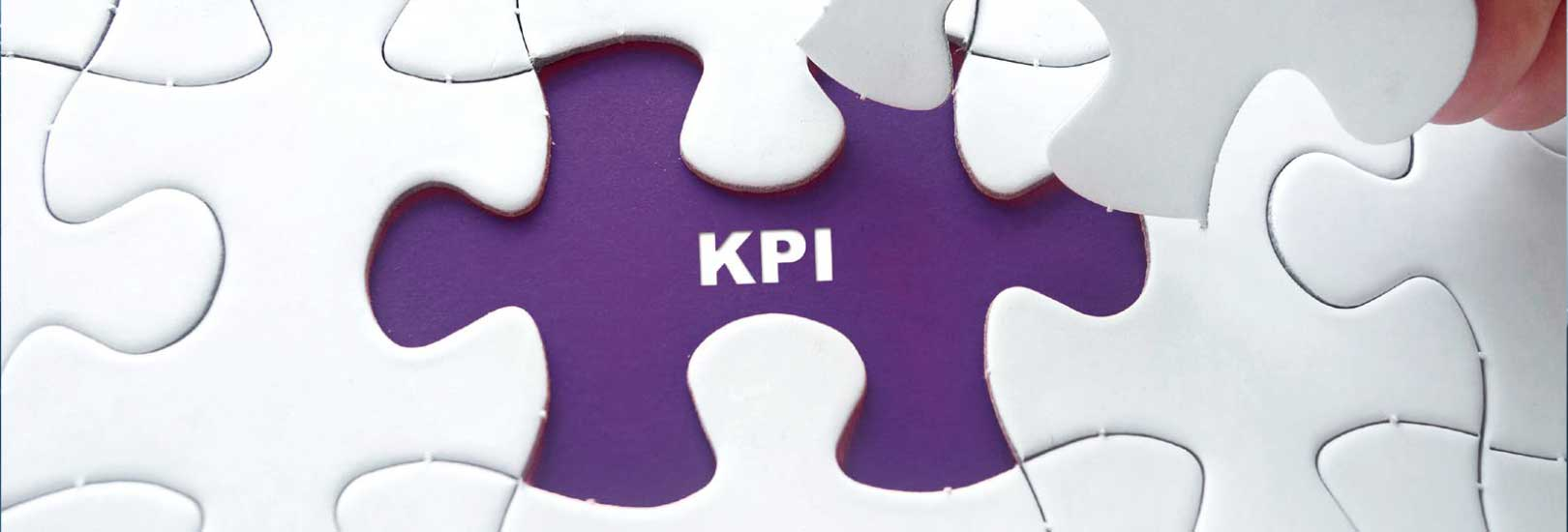 KPIs in the Contact Center background image