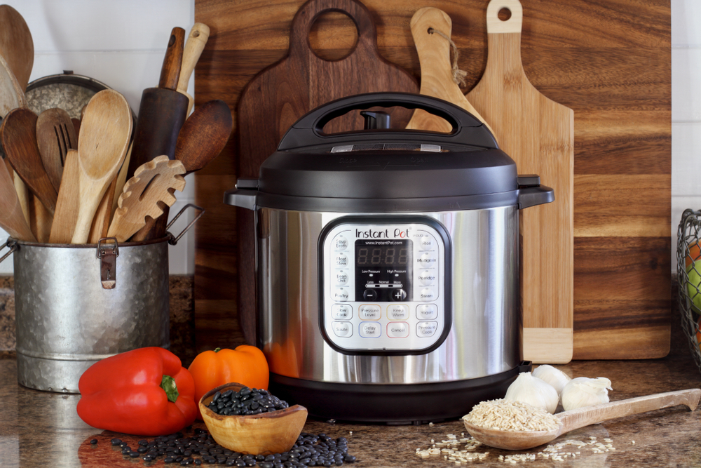 EAT Well • Instant Pot + Slow Cook - cover