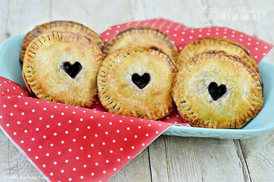 Nutella and Blackberry Hand Pies from Folk Lifestyle