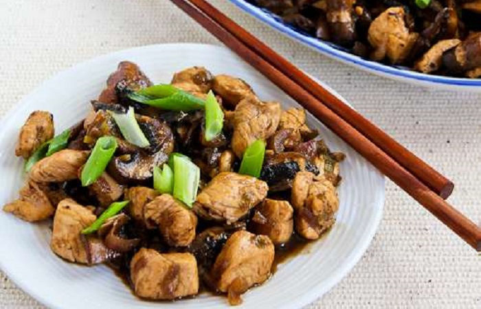 Ginger Chicken with Mushrooms and Thai Flavors from Kalyn's Kitchen