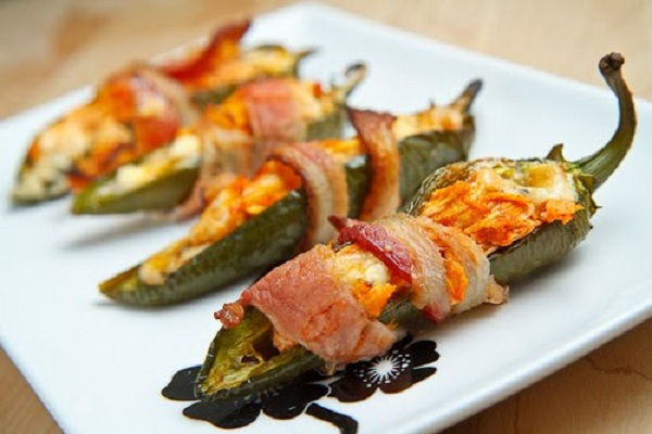 Bacon Wrapped Buffalo Chicken Jalapeno Poppers from Closet Cooking