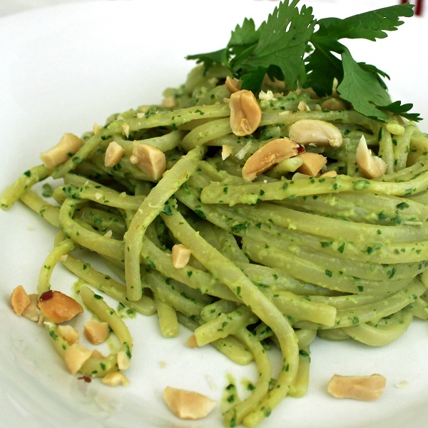 Linguine with Thai pesto