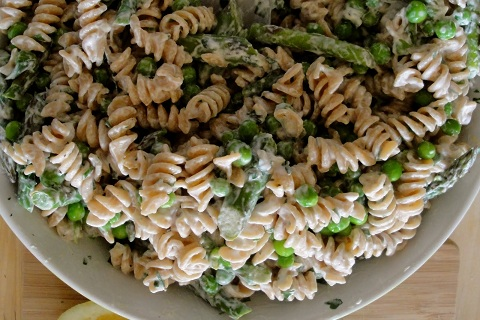 Whole Wheat Pasta with Asparagus, Herbs, and Lemon