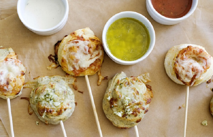 Pizza Skewers with Garlic Butter Dipping Sauce from Baked Bree