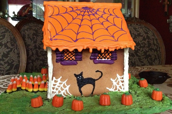 Spider Webbed House by Analisette89
