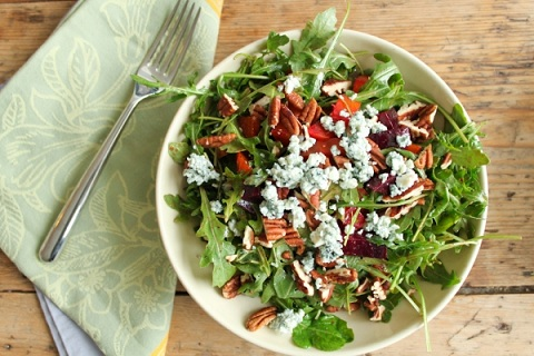 Arugala Salad with Roasted Beets, Blue Cheese, and Pecans
