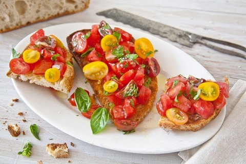Summer Tomato Brushcetta