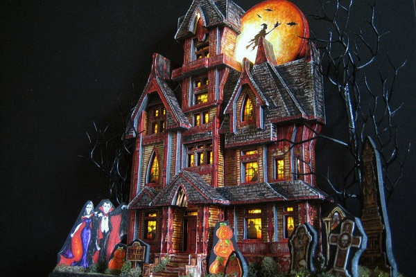 Haunted Gingerbread Home by Peter Saalman