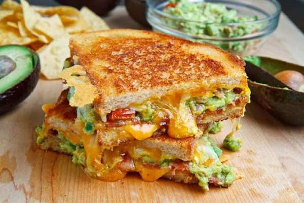 Bacon Guacamole Grilled Cheese Sandwich from Closet Cooking