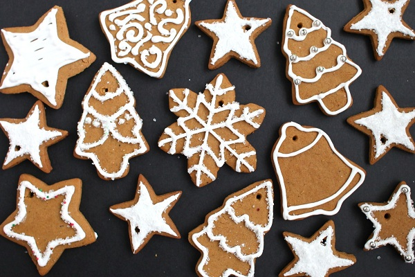 Gingerbread Cookies from Simple Bites