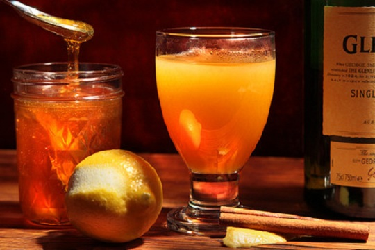 Smoky, Hot, Scotch Apple Cider from Chow Photo by Roxanne Webber