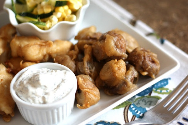 Beer Battered Mushrooms from Bare Feet in the Kitchen