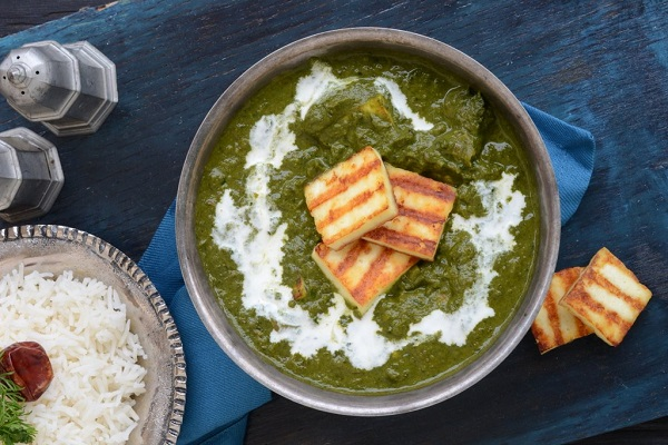 Kashmiri Methi Chaman, paneer cheese simmered in spinach gravy from Everyday Musing