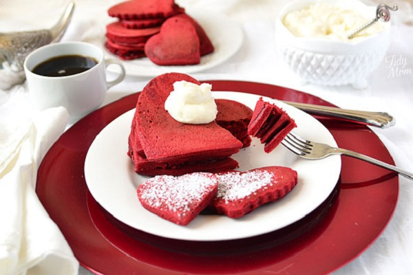 Red Velvet Pancakes with Sweet Cream Cheese Frosting from Recipe Girl