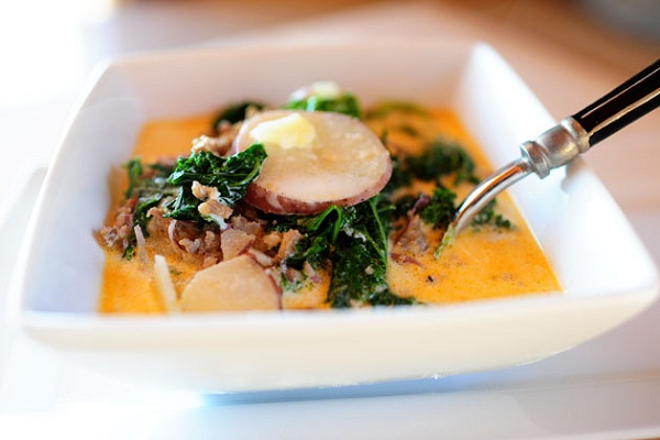 Sausage, Potato, and Kale Soup from The Pioneer Woman