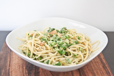 Garlic Scrape Pesto Pasta