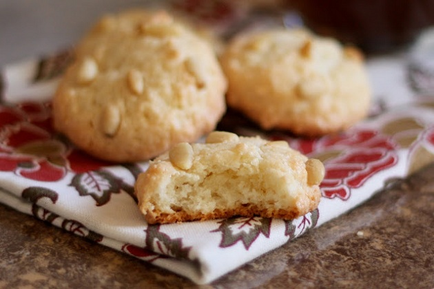 Pine Nut Cookies (Pignoli or Pinon Cookies) from Bare Feet in the Kitchen