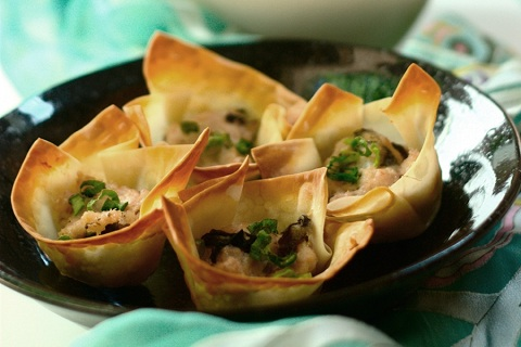 Pork Loin and Shrimp Wonton Cups