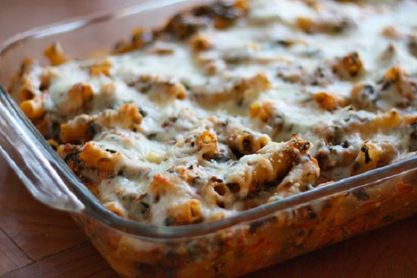 Low Fat Baked Ziti with Spinach from Skinnytaste