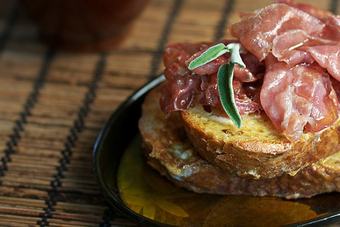 French Toast with Crispy Proscuitto