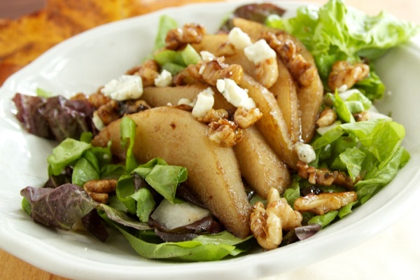 Pear, Walnut, and Gorgonzola Salad from Naturally Ella