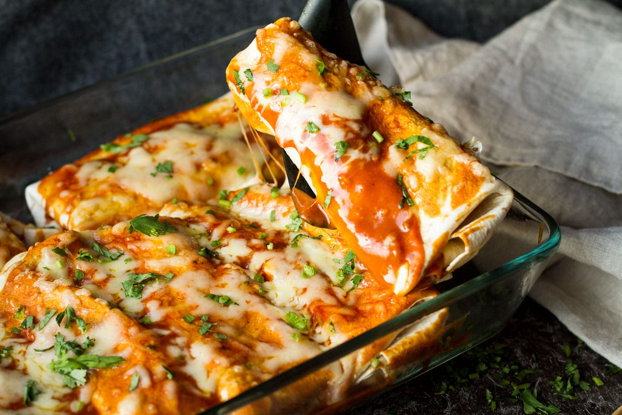Cheesy-Beef-and-Beans-Enchiladas-2