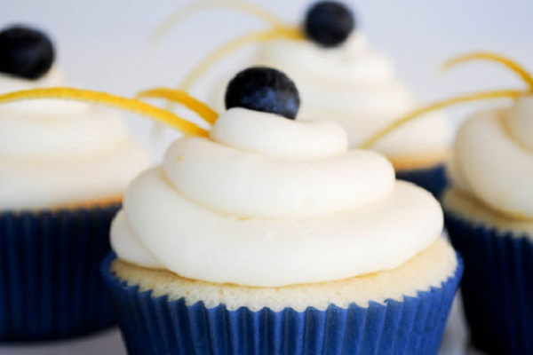 Lemon Blueberry Cupcakes from The Cake Blog