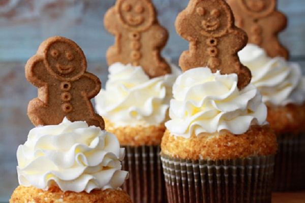 Gingerbread Latte Cupcakes from Baker's Royale