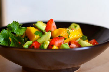 strawberry avocado mango salad