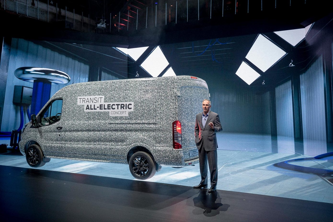 The Friday Blog 5th April - Electric Ford Vans, Speed Limiters, Builders Backs and more