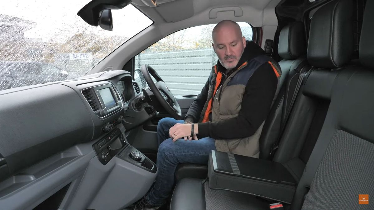 Toyota Proace Mobile Office