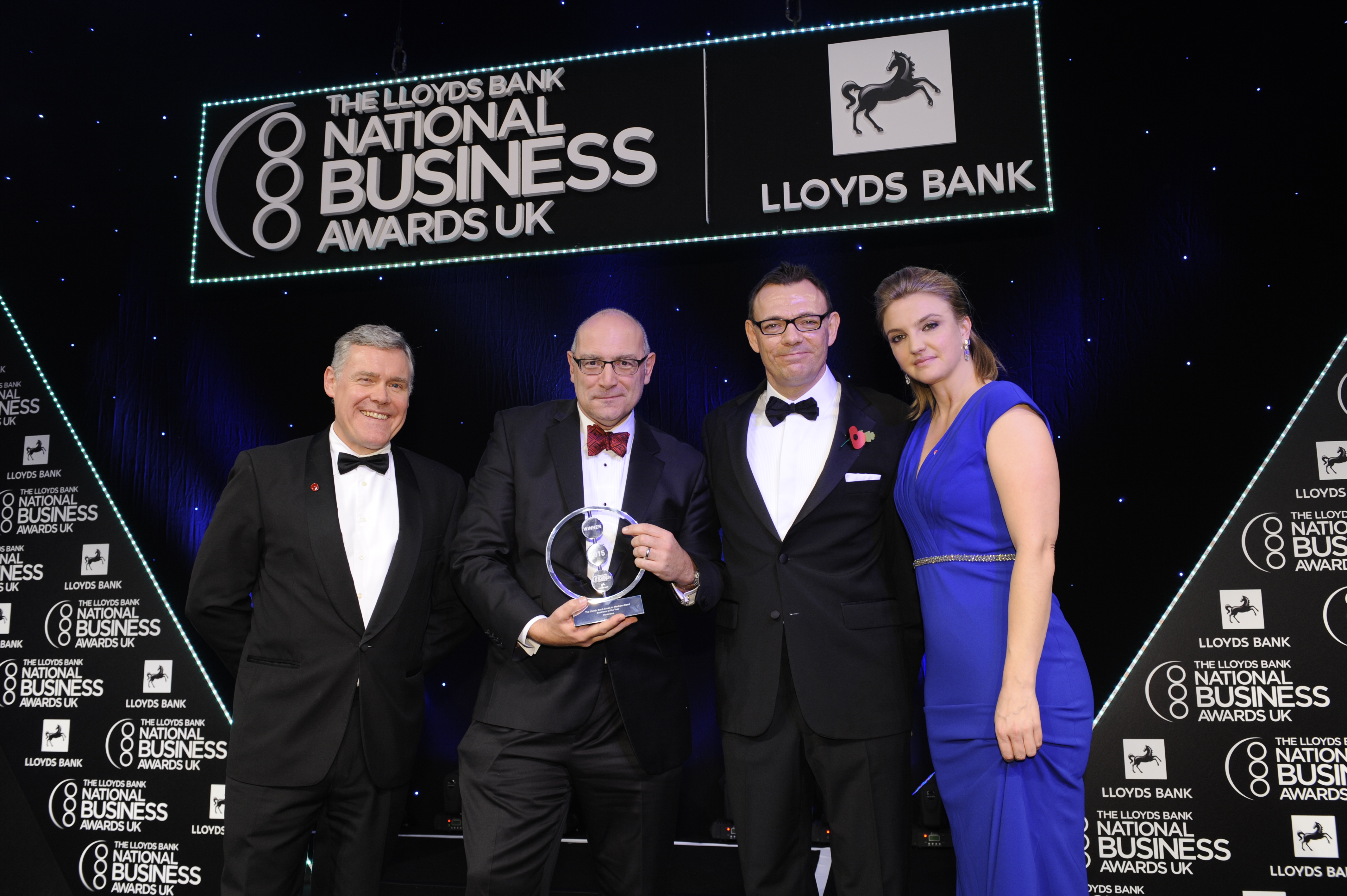 Vanarama wins prestigious Lloyds Bank National Business Award