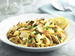 Meatless Pieces with Tagliatelle Pasta and Artichokes