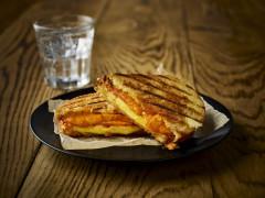 Quorn Vegan Smoky Ham Free Slices