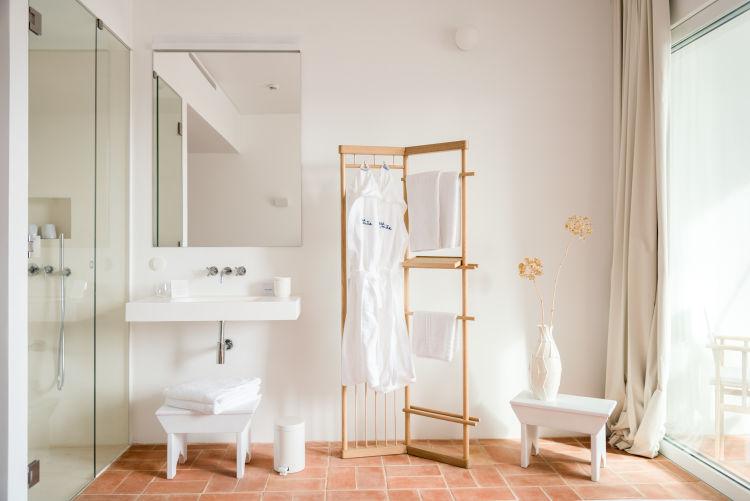 JDB Standard shower
