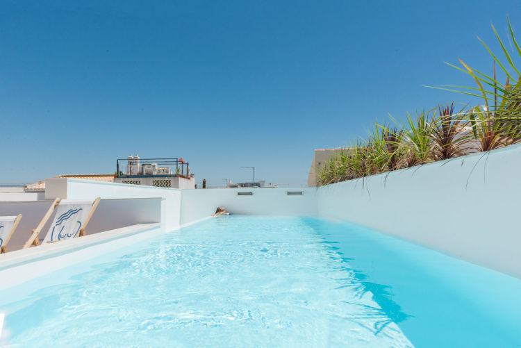 casa-mae-spa-lagos-pool