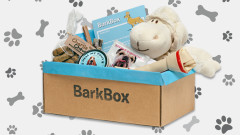 Monthly pet subscription deliveries have become more popular with options and customization. Judging by the popularity, these pet gift boxes have made many dogs and cats very happy.  BarkBox will deliver four to six treats customized to your dog's needs (for instance, does your dog have allergies?) and a variety of pet toys and treats du jour. You can opt for a single delivery or subscribe to a three-, six- or twelve-month plan.   Meowbox operates similarly, with a one-, three- or six-month subscription plan. Treats and toys customized to your cat's preferences.