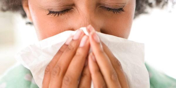 How to Help Stop Sneezing: 4 Top Tips - Vicks
