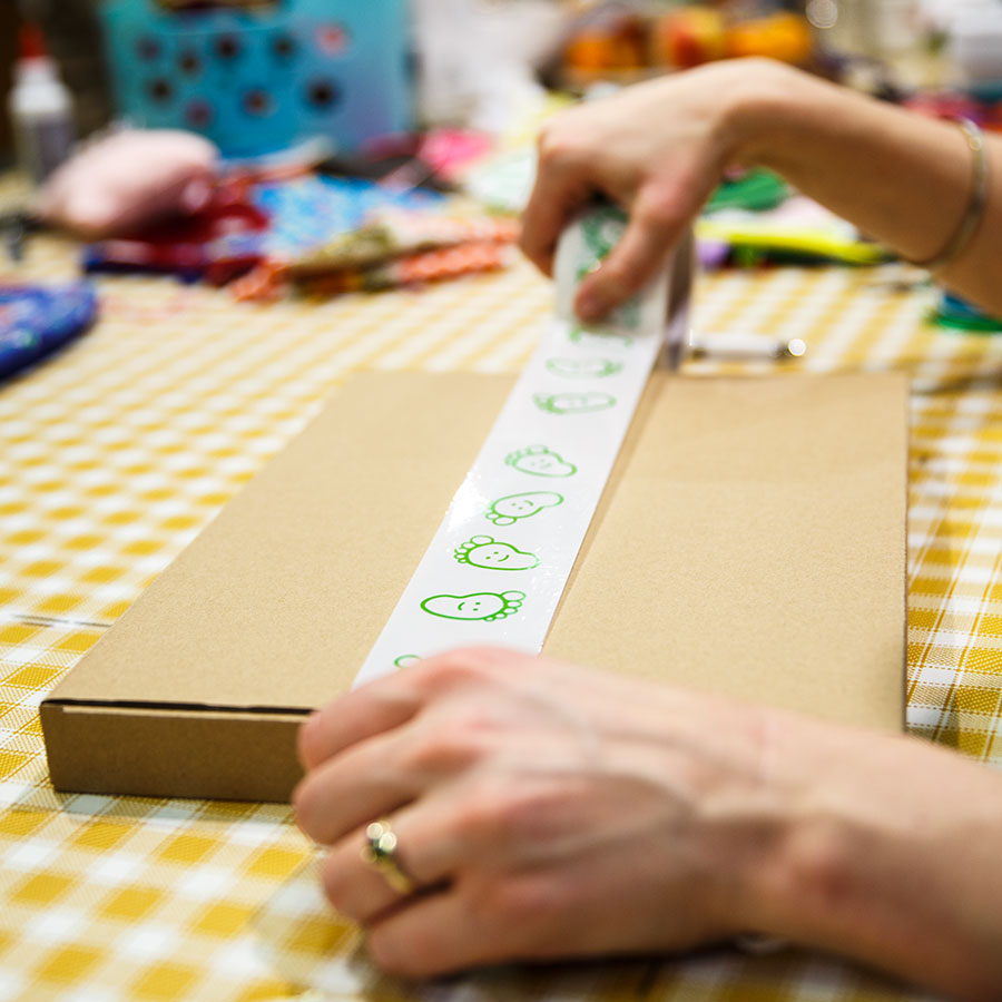 blije-groene-baby-bedrukt-tape