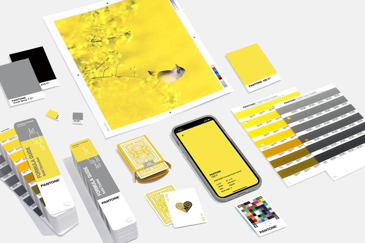 Waarom Pantone niet één maar twee kleuren kiest als Pantone Color of the Year 2021 | Drukwerkdeal.nl