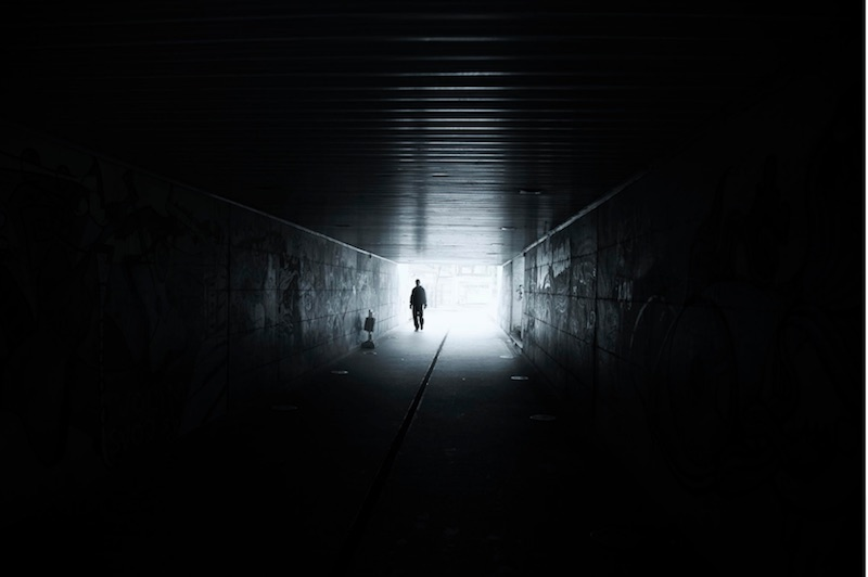 man in dark tunnel maja topcagic