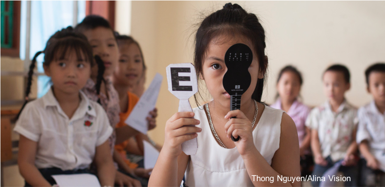 Apt pupils: Convergence grantee Alina Vision provides eye tests for 1,100 students in Vietnam