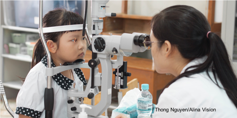 Eye screening Vietnam 2