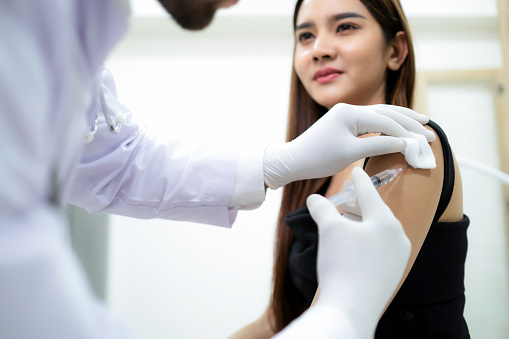 Health: Flu Vaccination: GettyImages-1314040445