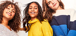 female old navy models wearing old navy clothing for the 60% off sale