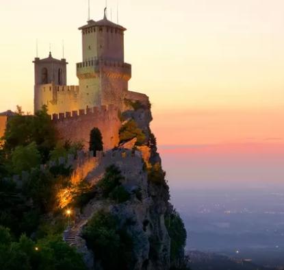 Expedia Castle
